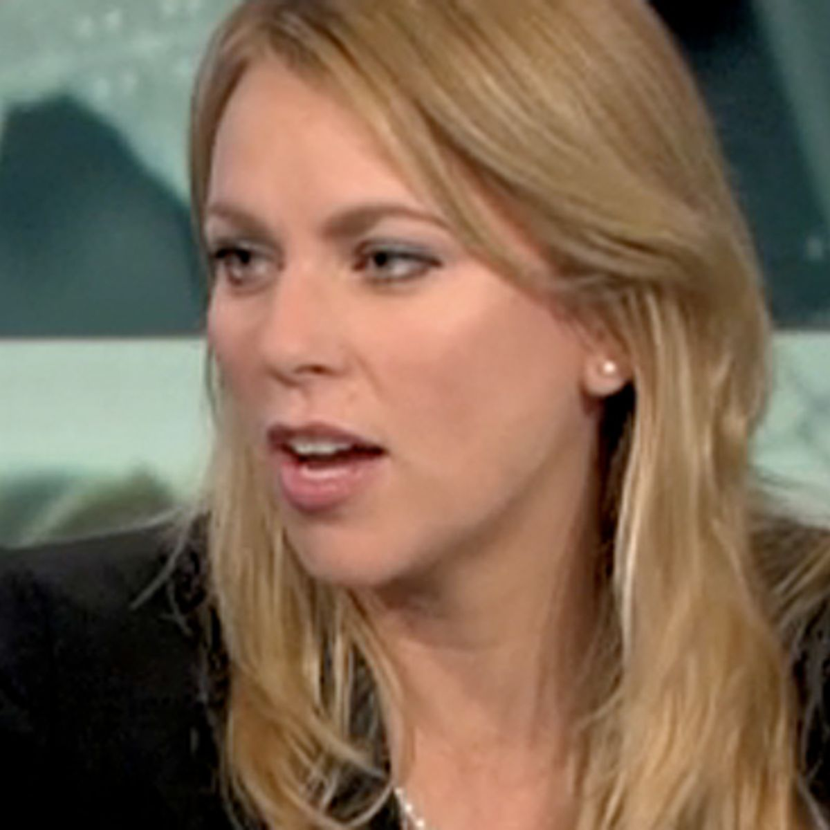 How Can Cbs Possibly Not Fire Lara Logan Salon Com