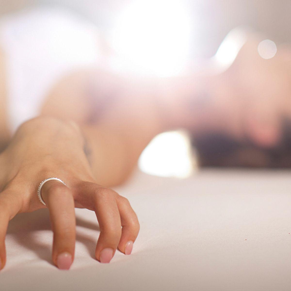 Hand masturbation senseless variant