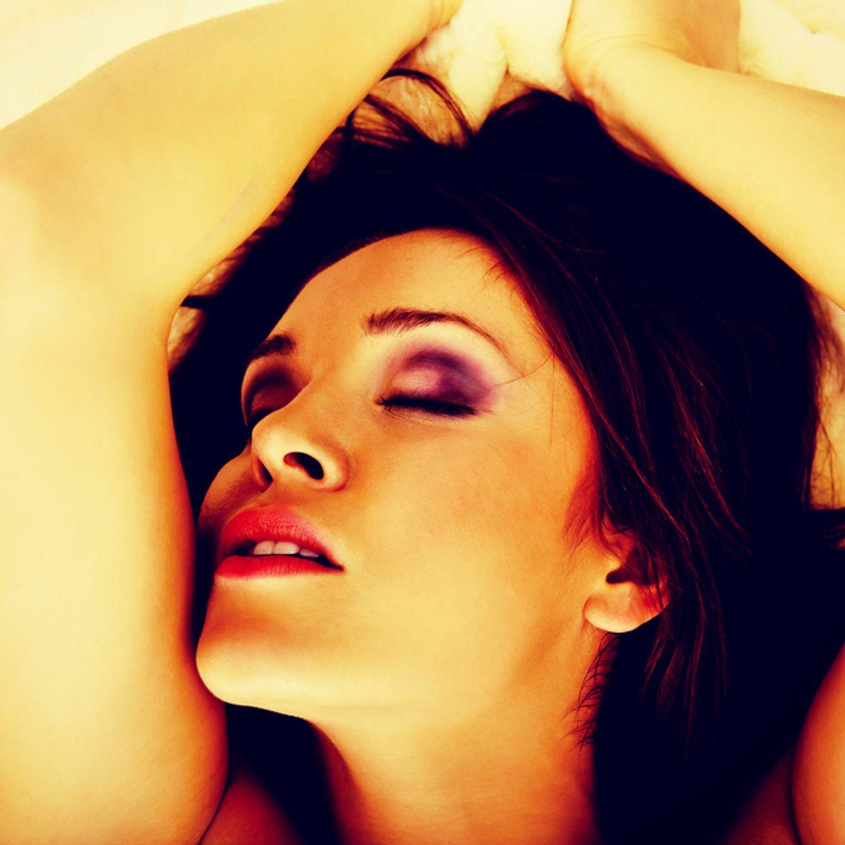 4 Pron Com 4 kinds of pornography women actually masturbate to   salon