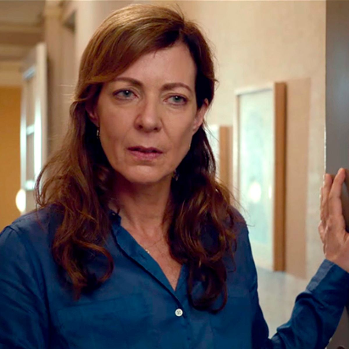 """Allisoninlove allison janney opens up: on being """"fragile but tough on the"""