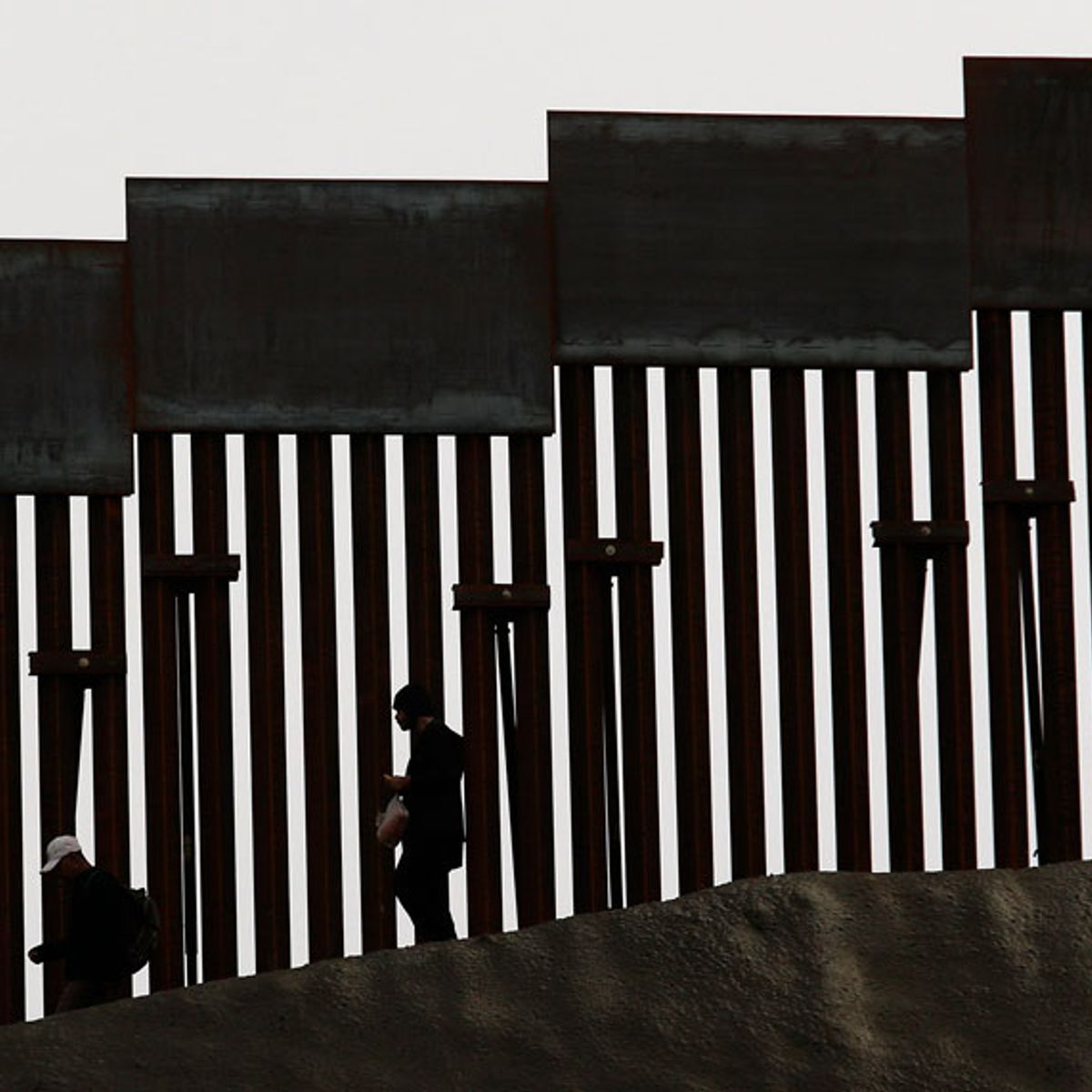 The Supreme Court and refugees at the southern border: 5 questions answered