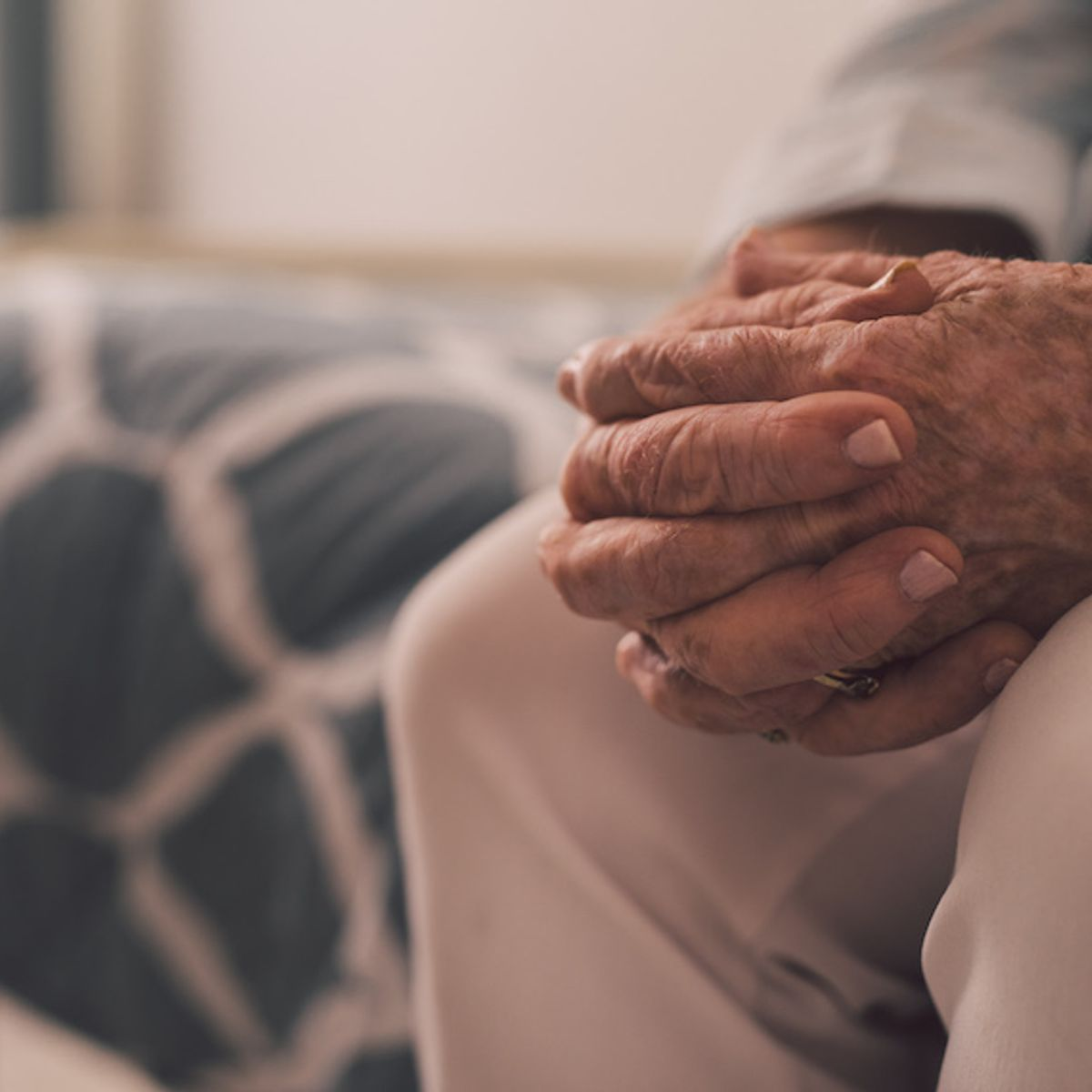 Bugs, mold and unwashed hands: Rampant safety violations in nursing home kitchens endanger residents