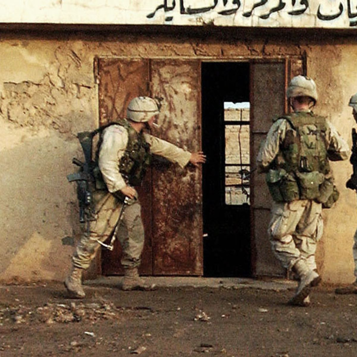 """""""I know where Saddam Hussein is hiding"""": What I saw in Iraq right after the 2003 U.S. invasion"""