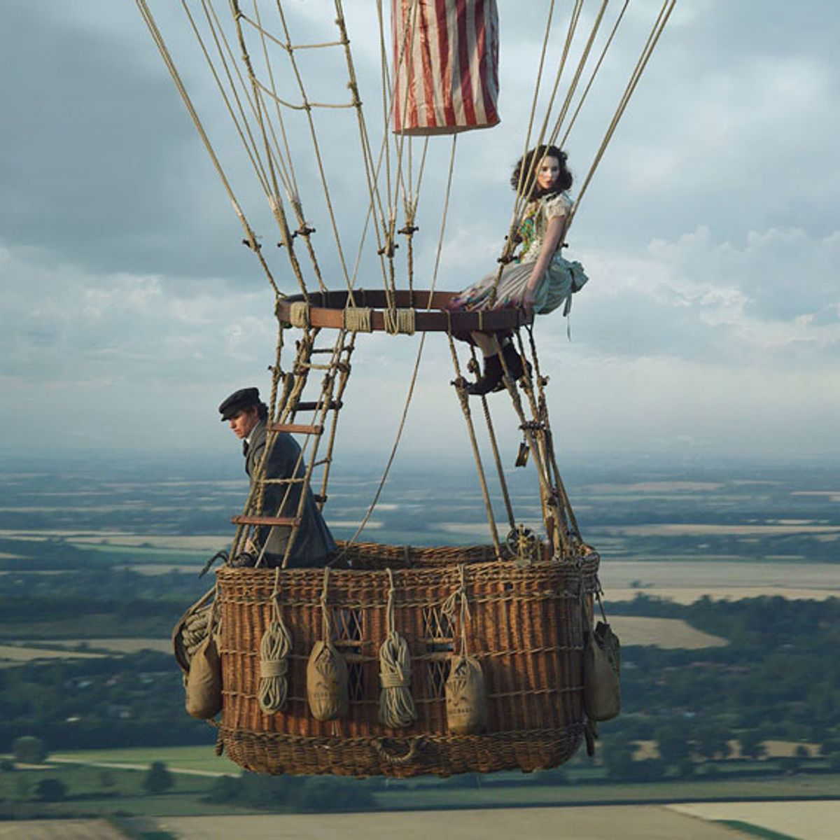 "Amazon's gorgeous hot-air balloon movie ""The Aeronauts"" has lofty goals but is afraid of heights"
