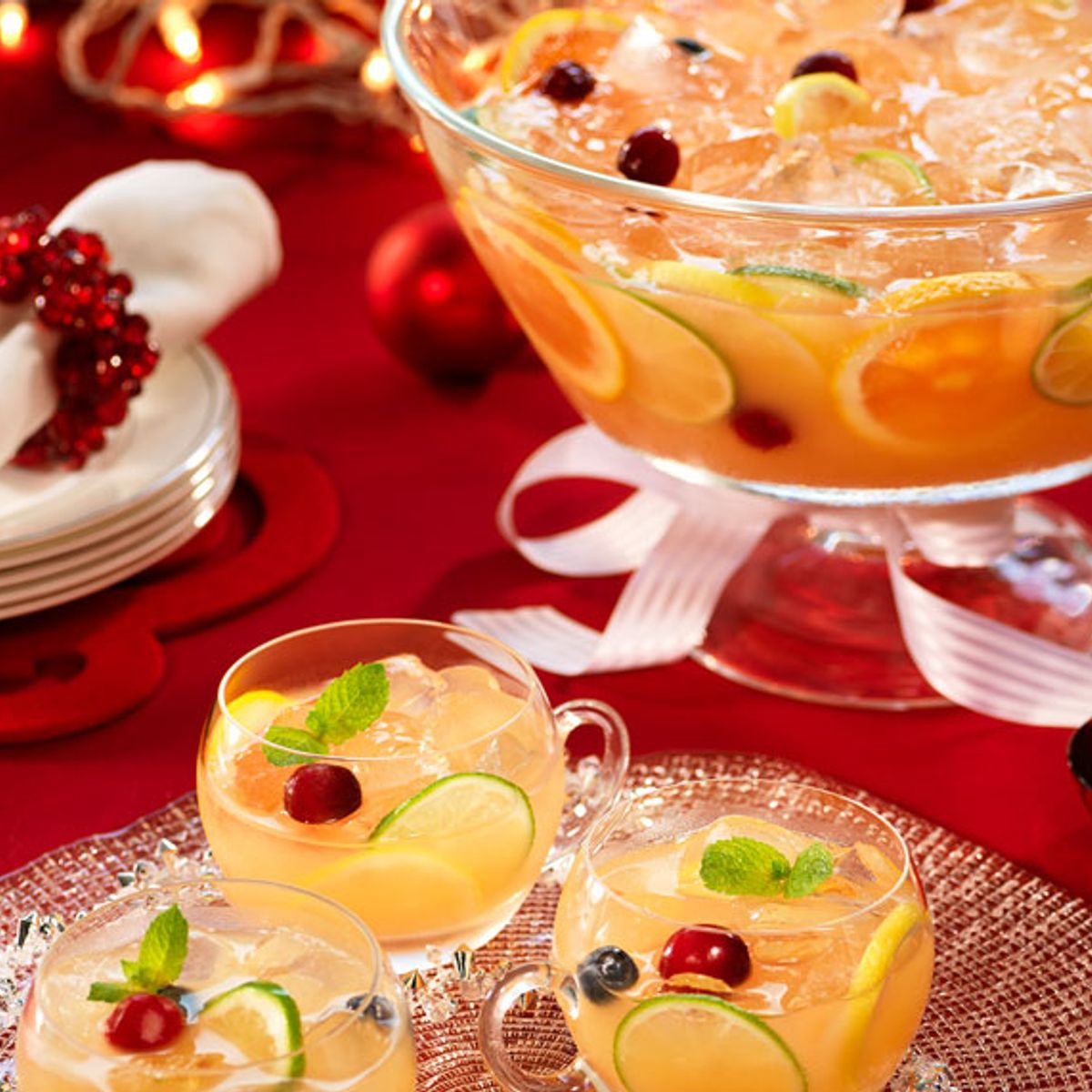 Use this formula to make the perfect champagne punch for all your New Year's celebrations