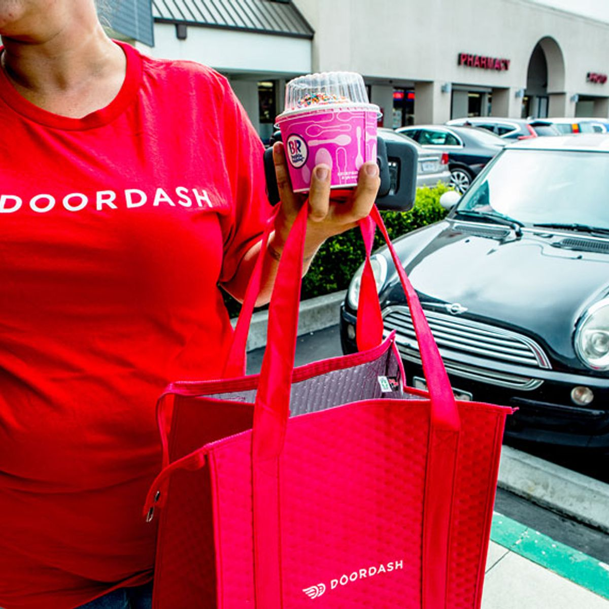 DoorDash drivers make an average of $1.45 an hour, analysis finds