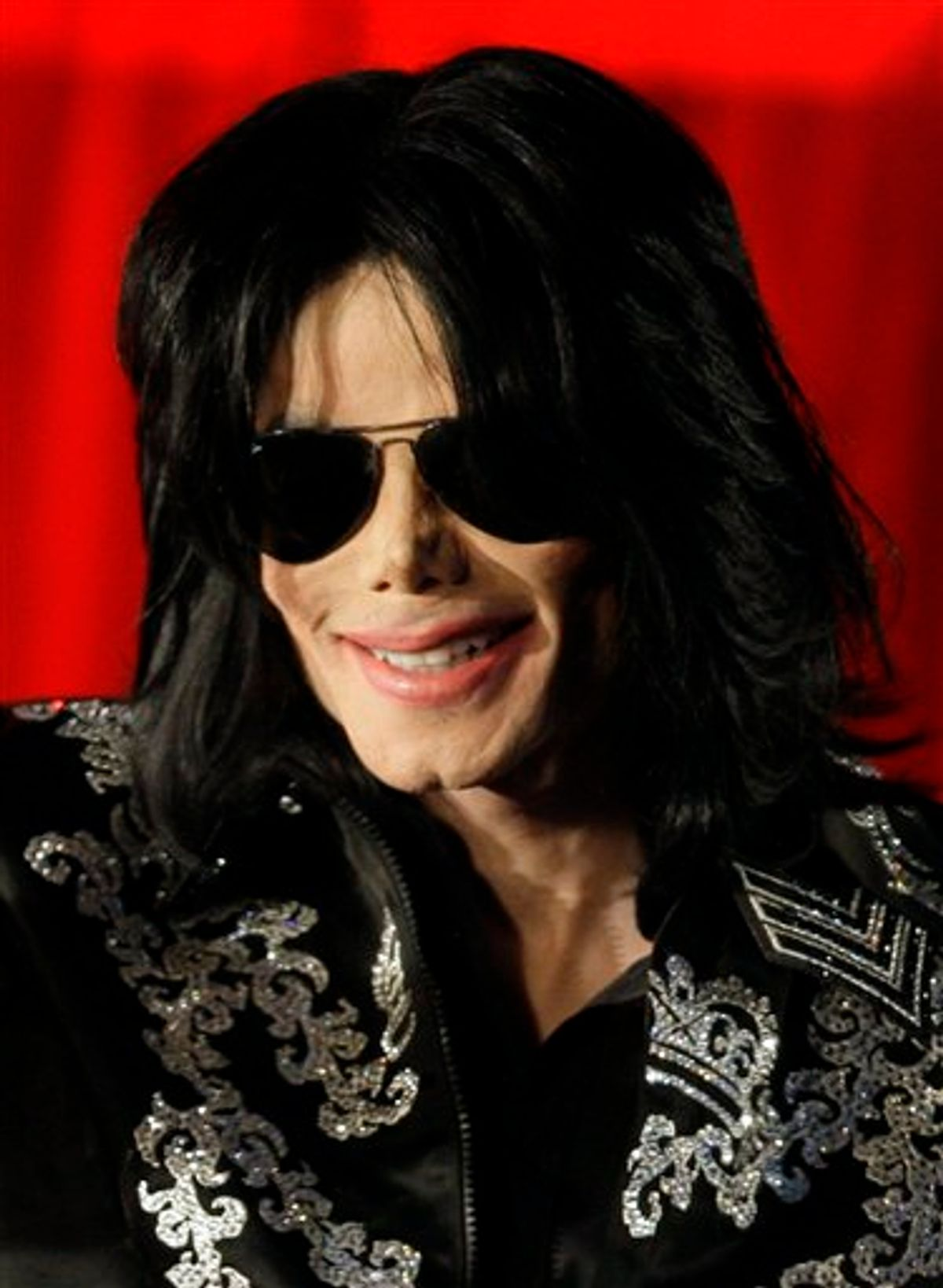 FILE - In this March 5, 2009 file photo, US singer Michael Jackson is shown at a press conference in London.  (AP Photo/Joel Ryan, file)    (AP)