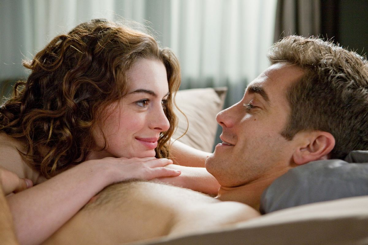 """Anne Hathaway and Jake Gyllenhaal in """"Love and Other Drugs"""""""