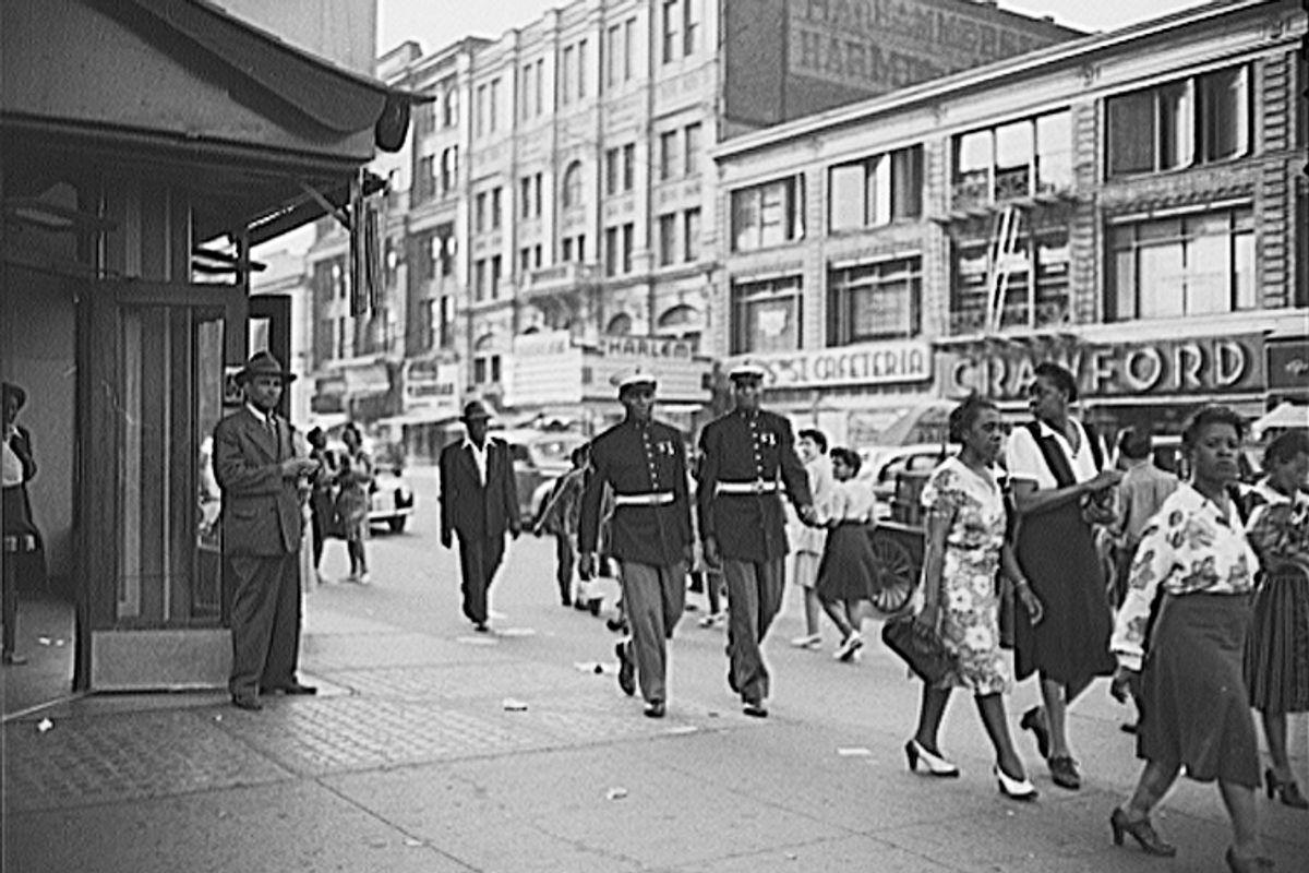 A street scene in 1943 Harlem.