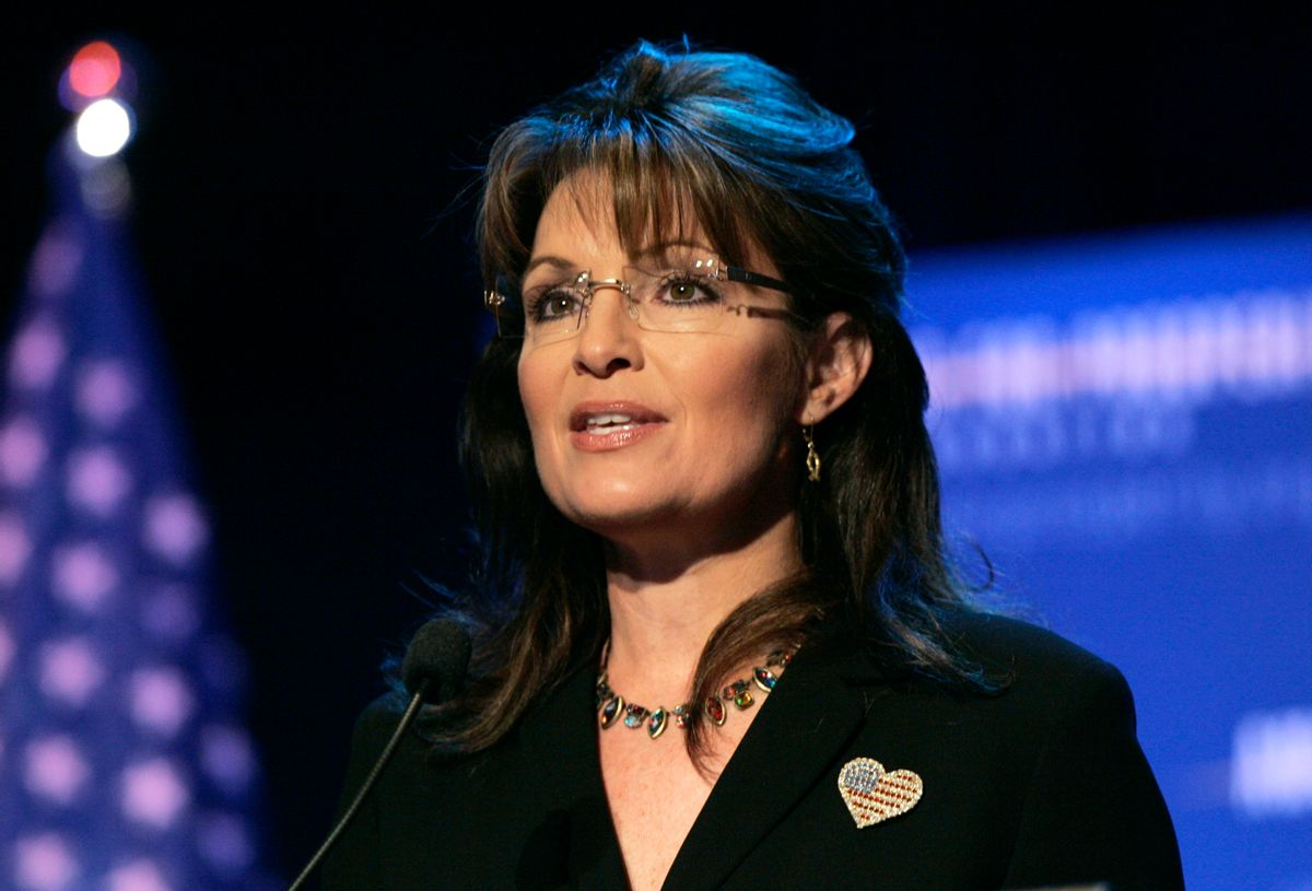 """Former Alaska Governor and 2008 Republican Vice Presidential candidate Sarah Palin addresses the audience during the """"Americans For Prosperity Foundation Summit"""" in Clarkston, Michigan May 1, 2010. REUTERS/Rebecca Cook  (UNITED STATES - Tags: POLITICS) (Reuters)"""