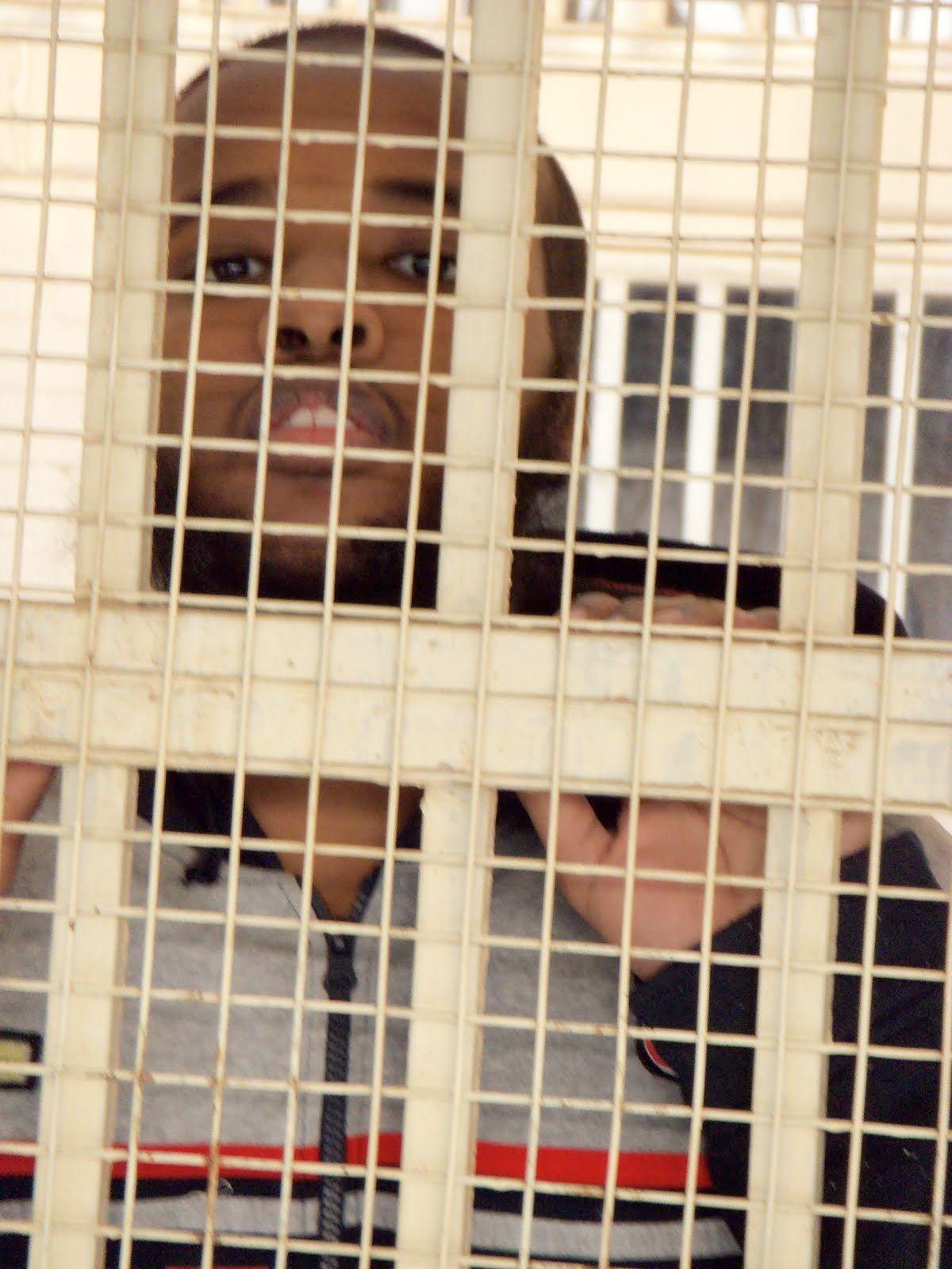 <a href='http://2.bp.blogspot.com/_MnYI3_FRbbQ/TS7Dxjv3JKI/AAAAAAAAC38/Xb1VFZQKyas/s1600/101_0029%2Bcopy.JPG'>This photograph of Gulet Mohamed in detention</a> was taken by his brother.