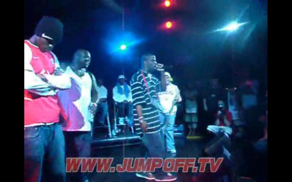 Rhymefest in concert