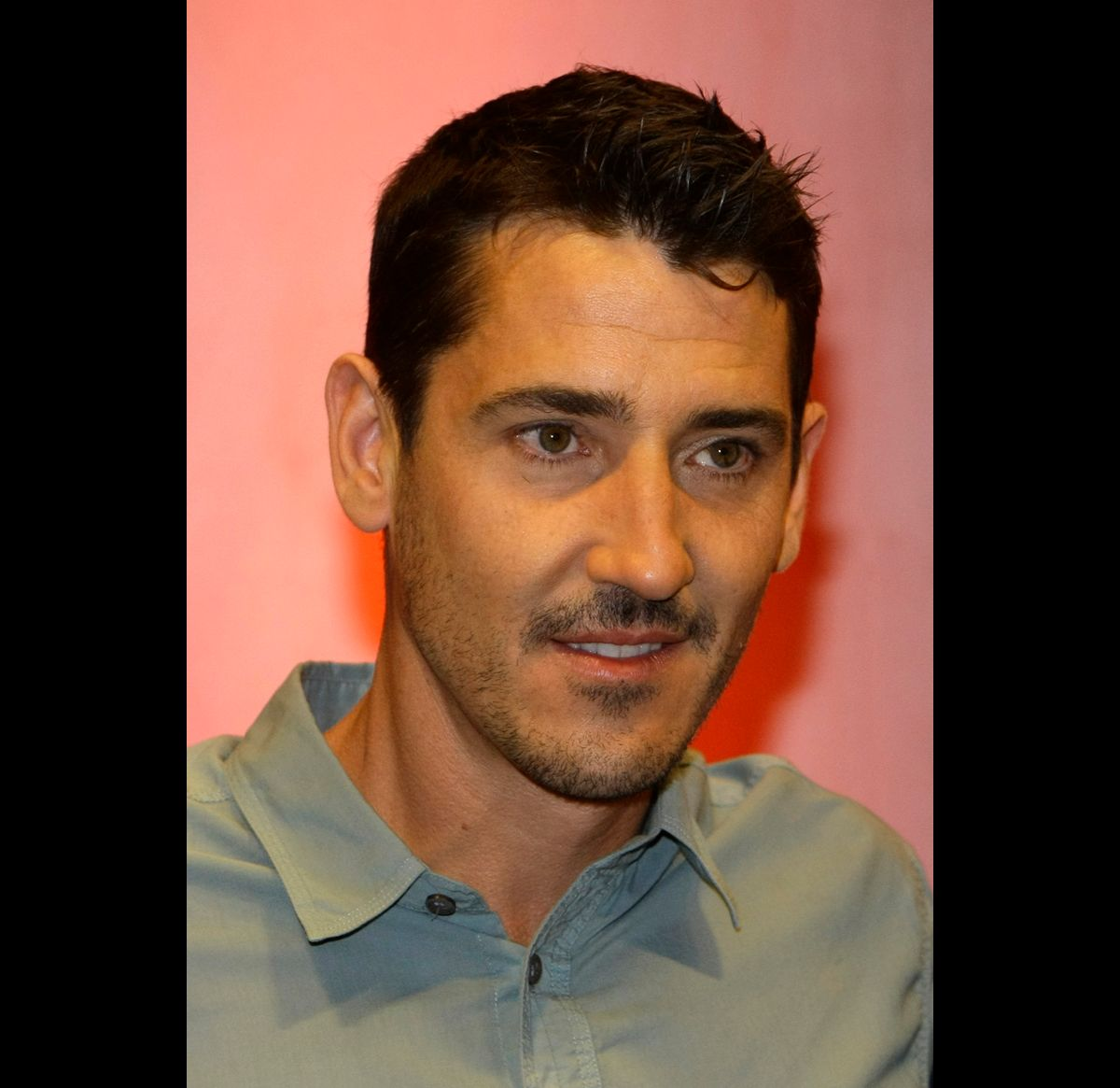 Jonathan Knight of the U.S. band 'New Kids On The Block' poses during a photo call in Munich July 9, 2008. The band, who have reunited after 14 years, are promoting their new single 'Summertime' which will be released in Germany on August 29.    REUTERS/Michaela Rehle (GERMANY) (© Michaela Rehle / Reuters)