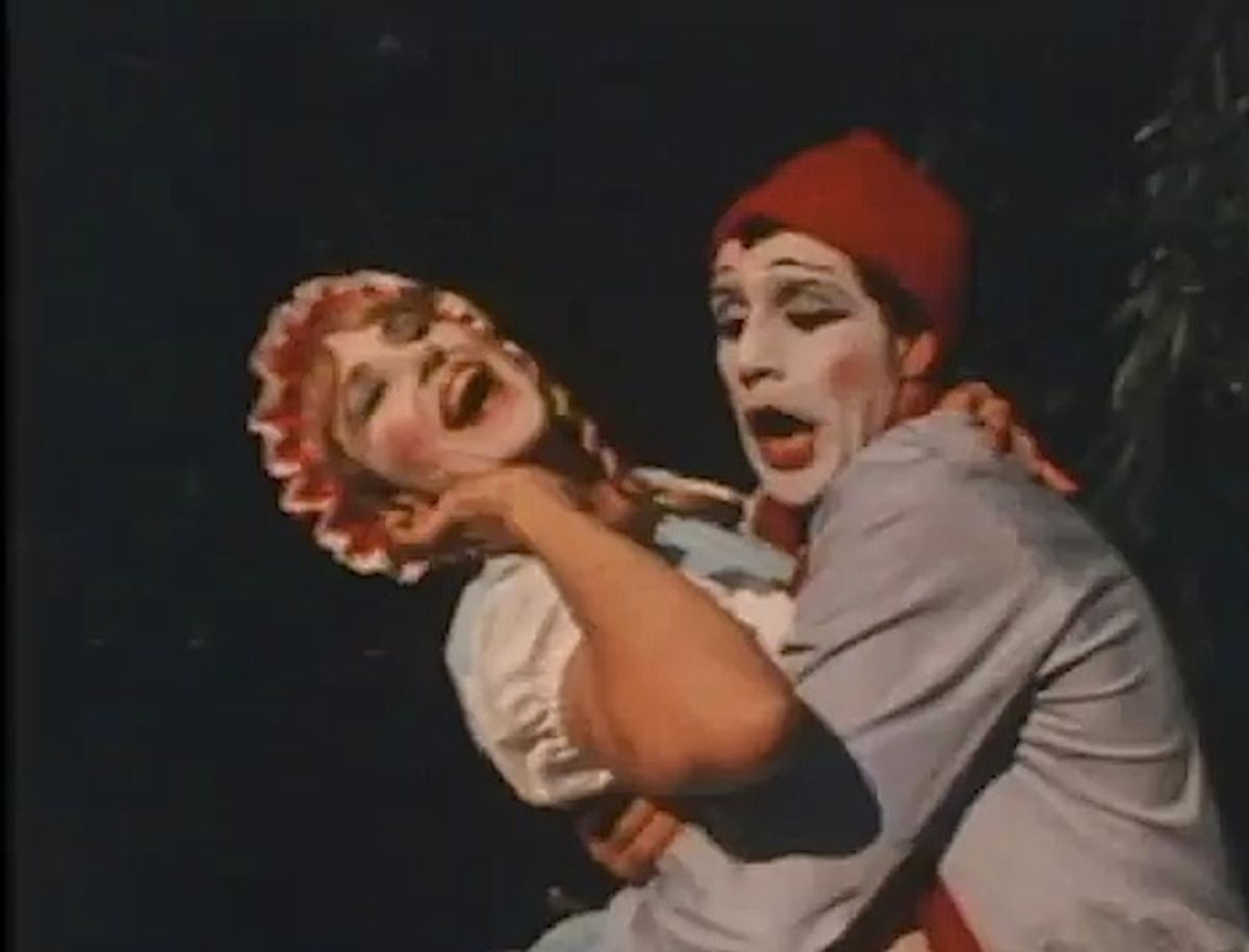 The one thing we don't miss about the 80s: mimes.