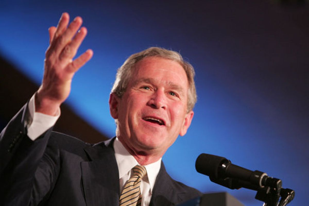 1315 President Bush: Remarks to the American Society of Newspaper Editors Convention. Washington, D.C.  President George W. Bush acknowledges a Texas newspaperman during opening remarks in his address Thursday, April 14, 2005, to the American Society of Newspaper Editors, meeting in Washington DC.  White House photo by Paul Morse (Paul Morse)