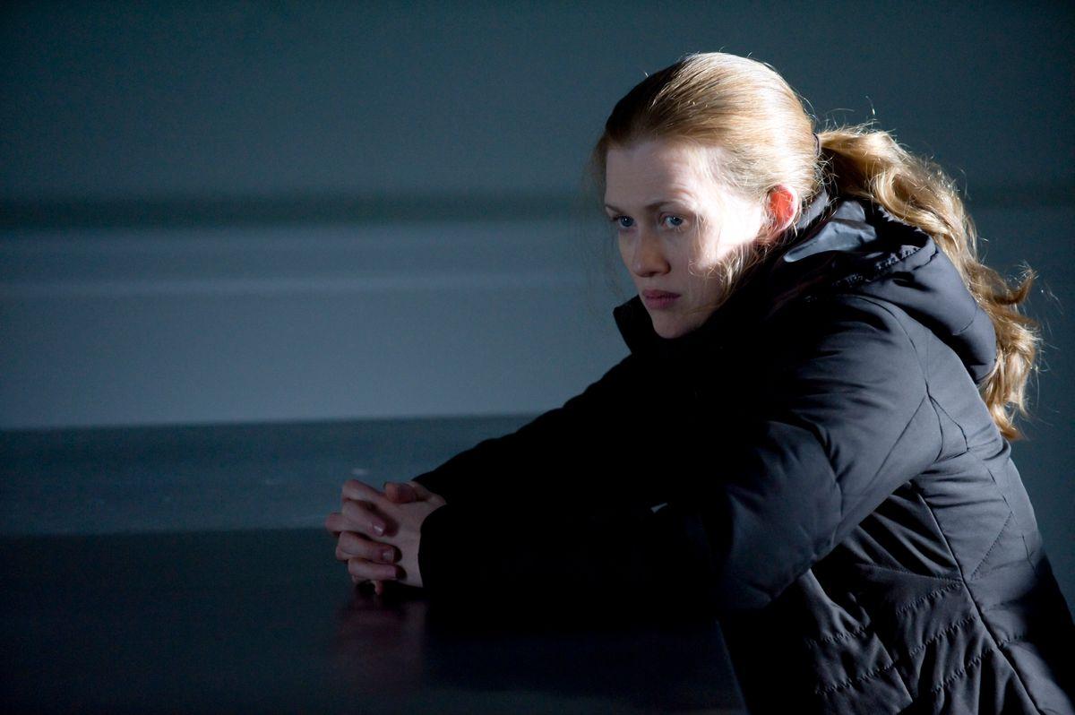 Homicide Detective Sarah Linden (Mireille Enos) - The Killing - Season 1, Episode 10 - Photo by Carole Segal - KILL_030311_0124.jpg (Carole Segal)
