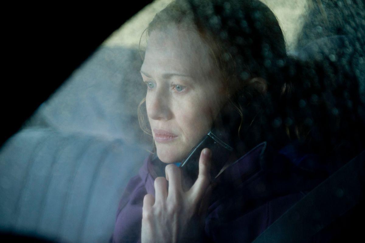 Homicide Detective Sarah Linden (Mireille Enos) - The Killing - Season 1, Episode 11 - Photo by Carole Segal - KILL_031411_0087.jpg (Carole Segal)