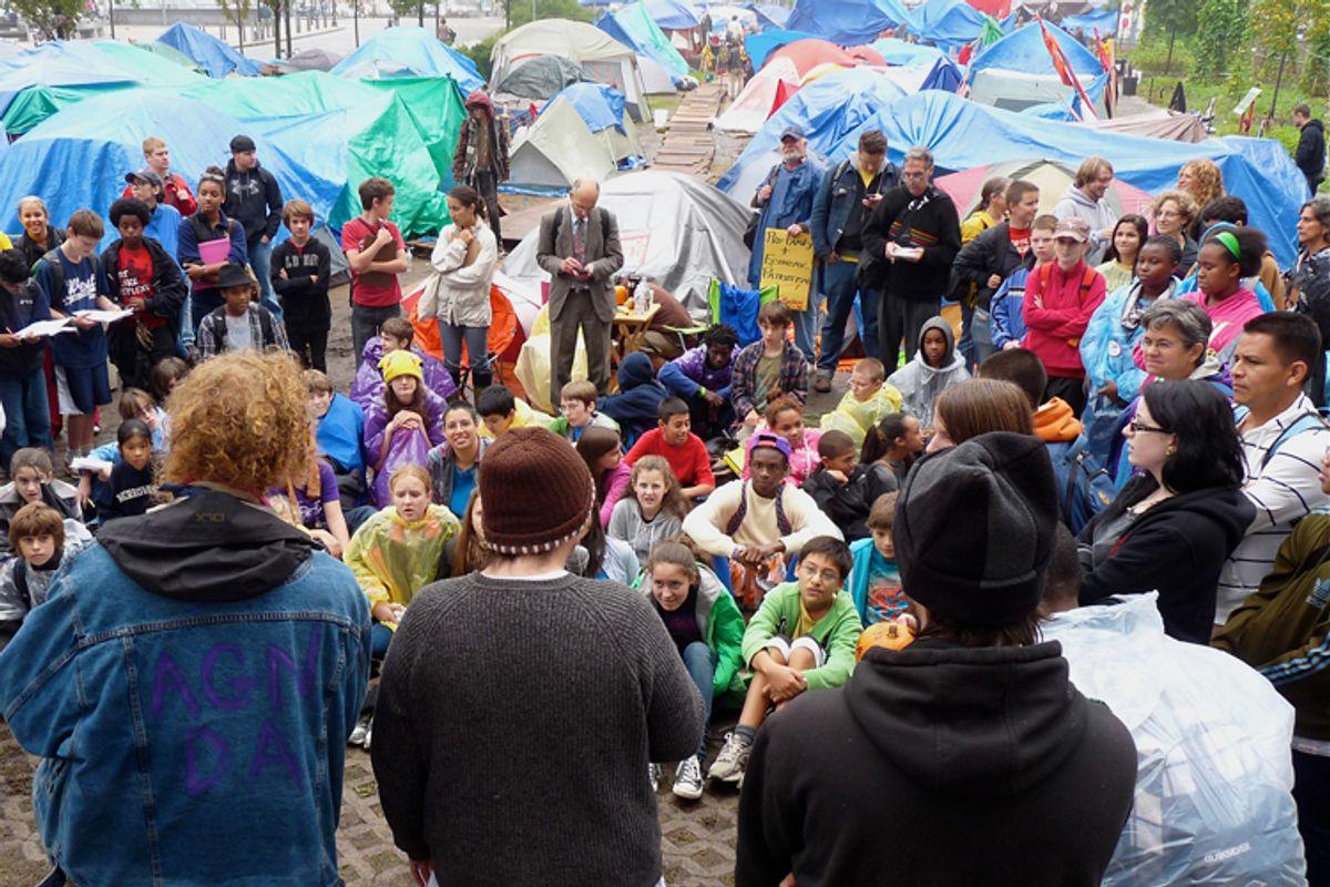 Middle schoolers visit Occupy Boston    (Dennis Cunningham)