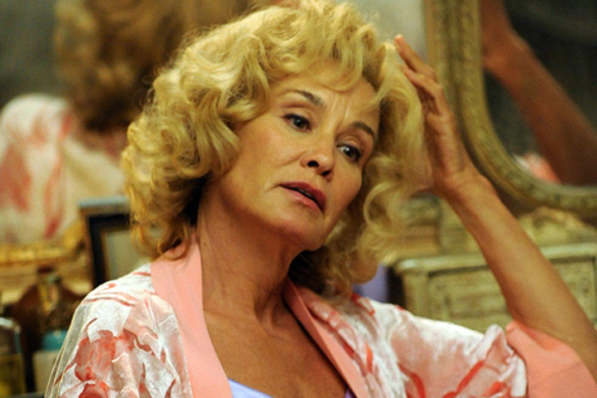 """Jessica Lange lets her freak flag fly on """"American Horror Story."""""""