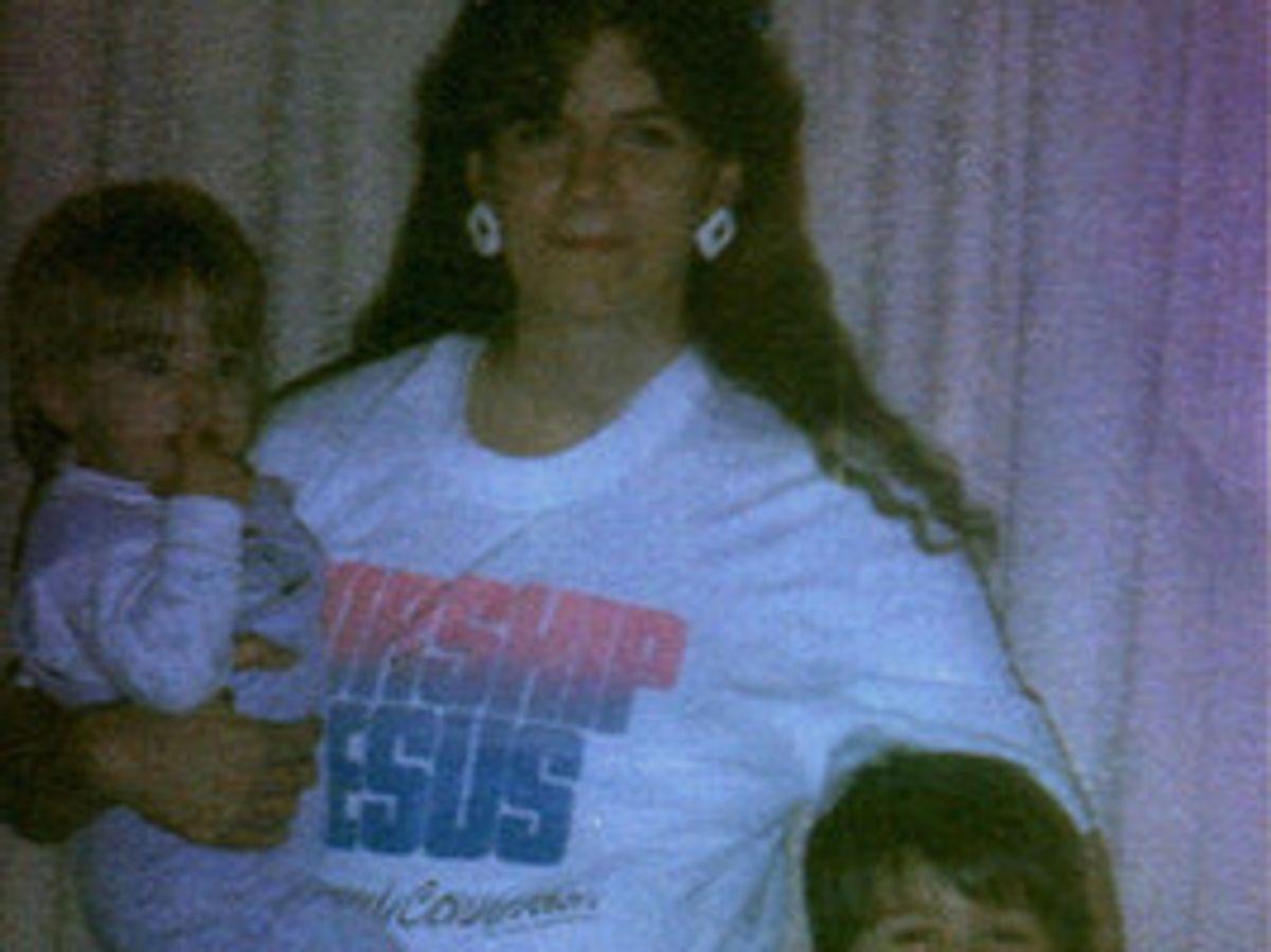 Nathan Jordan, his sister Allysa Jordan and their mother.
