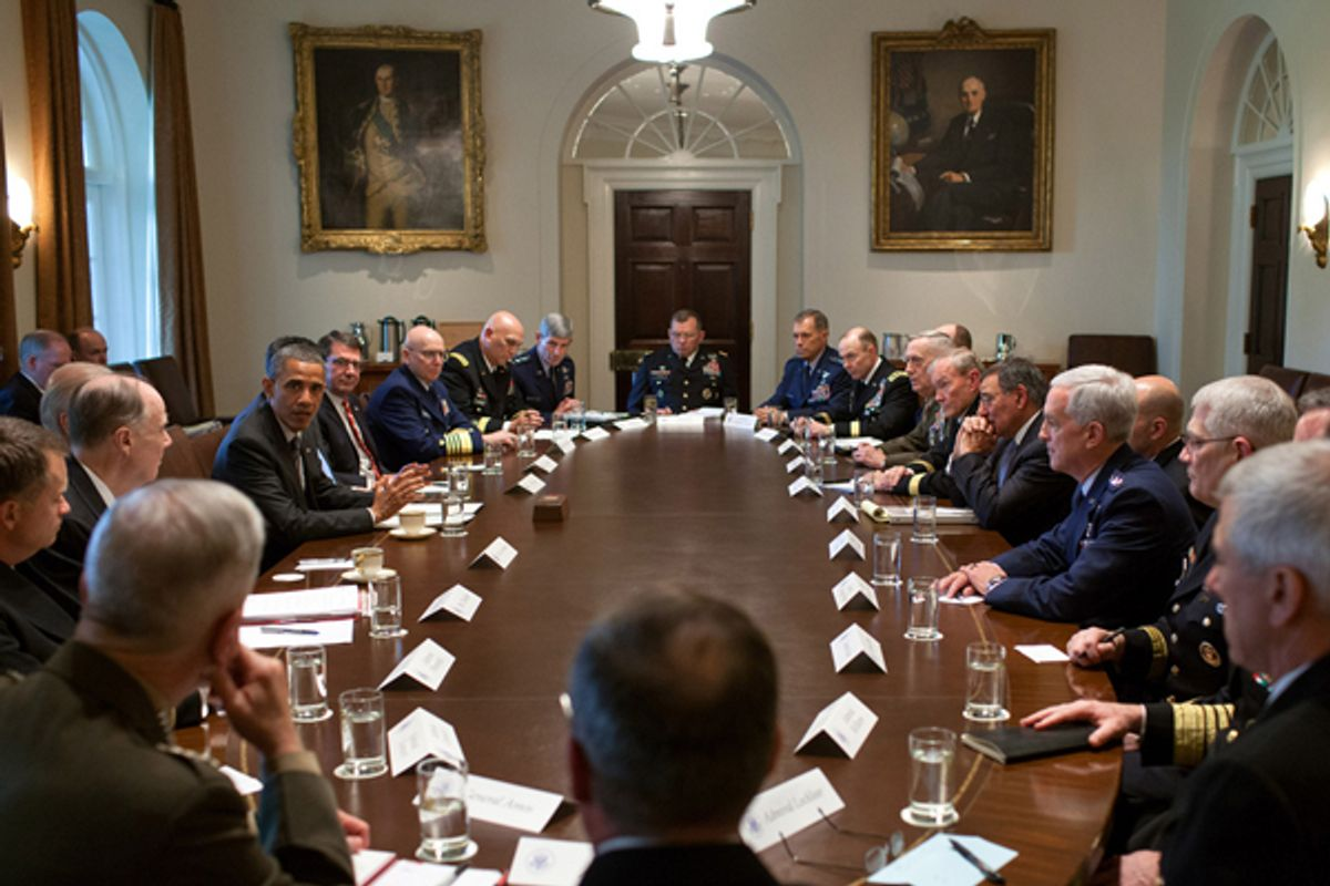 President Obama meets with Combatant Commanders and senior military leadership in the Cabinet Room of the White House.    (The White House/Pete Souza)