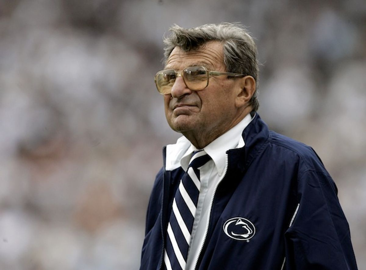 Penn State coach Joe Paterno watches the college football game against Youngstown State from the side lines Saturday, Sept. 16, 2006,  in State College, Pa.    (Associated Press/Carolyn Kaster)