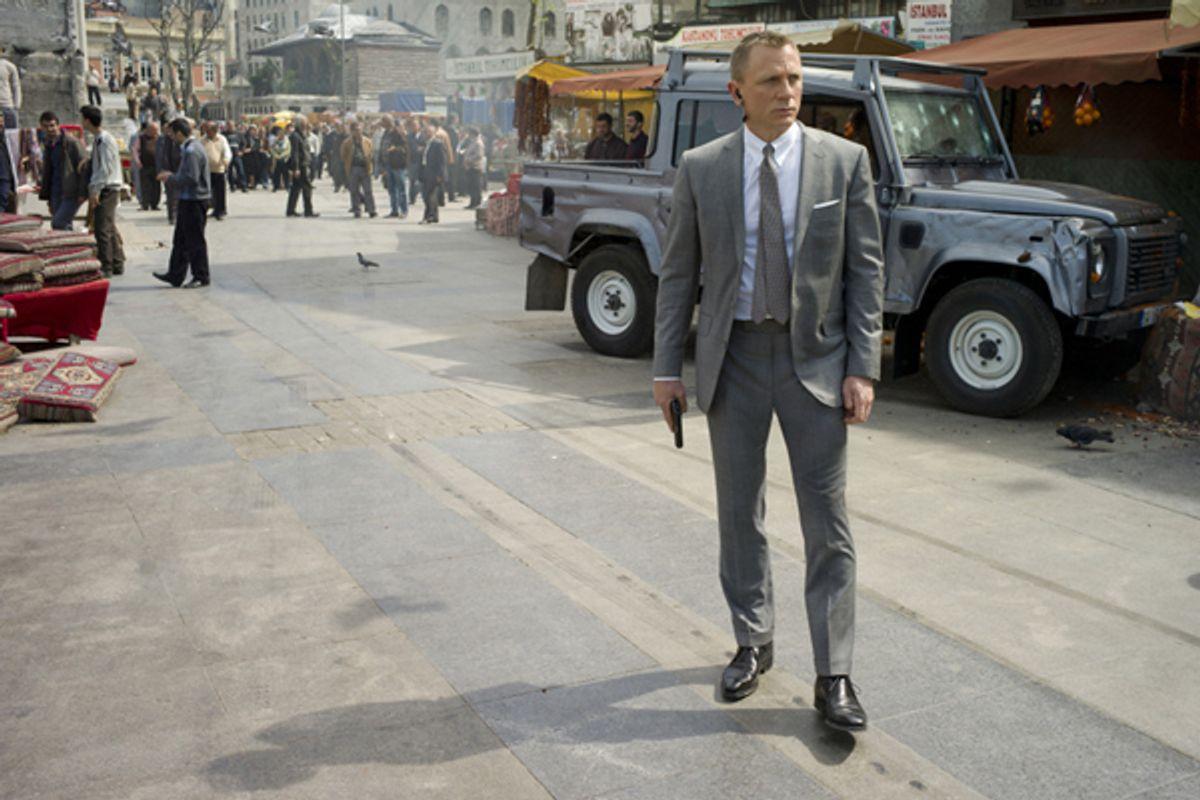 """Daniel Craig stars as James Bond in """"Skyfall.""""      (Francois Duhamel)"""