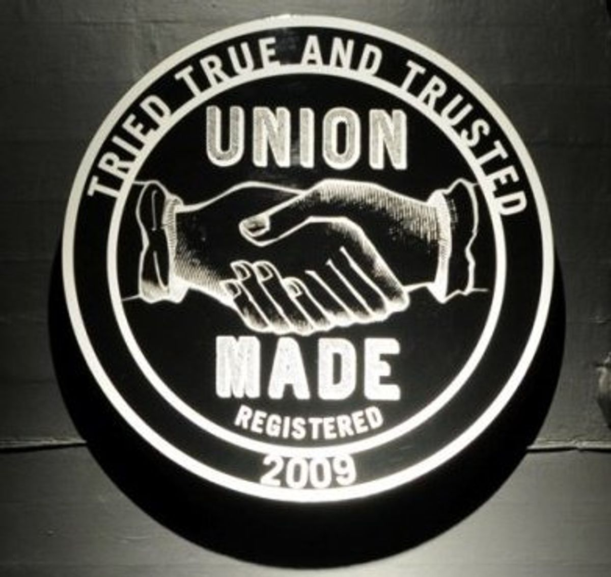 UnionMade's logo copies AFL-CIO's (via UnionMade's Facebook page)