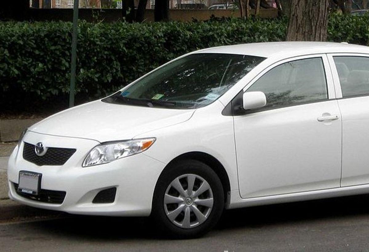Toyota Corolla (Wikimedia)