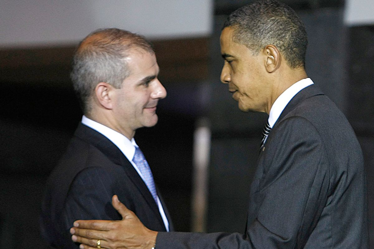 President Barack Obama shakes hands with NBC's Michael Leiter, when the latter served as National Counterterrorism Director, Oct. 6, 2009.    (AP/Gerald Herbert)