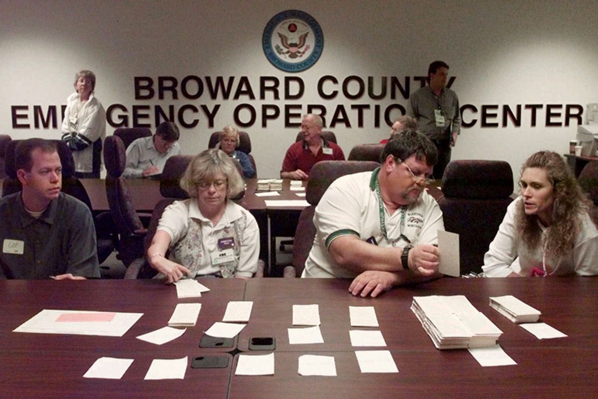 Counters and observers continue a hand recount of Broward County ballots, Nov. 19, 2000     (AP/Amy E. Conn)