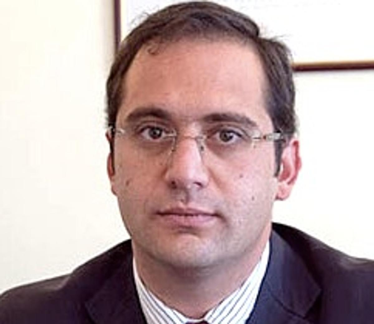 Issa Kort    (Wikipedia)