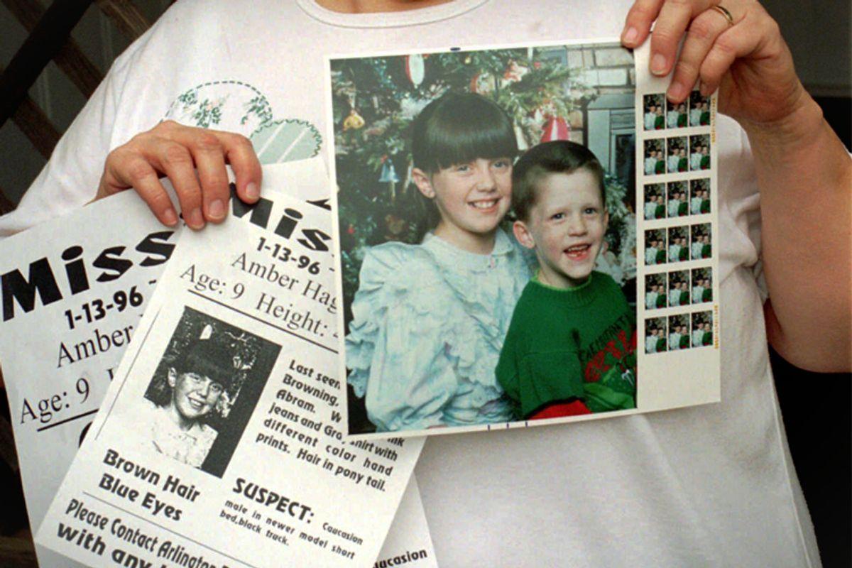 Glenda Whitson holding picture of granddaughter, Amber Hagerman    (AP/Bill Janscha)