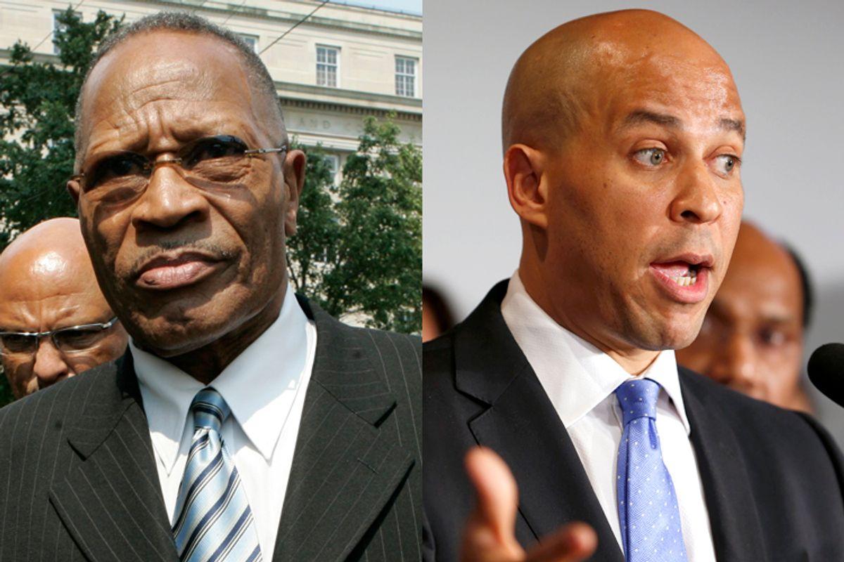 Sharpe James, Cory Booker      (AP/Mike Derer/Rich Schultz)