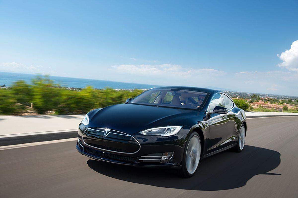 The Model S (Tesla Motors)