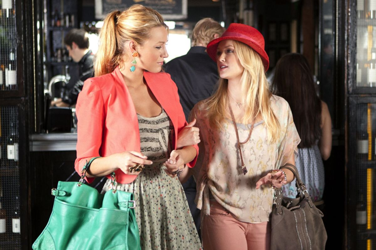 """Blake Lively and Kaylee DeFer in """"Gossip Girl""""  (The CW)"""