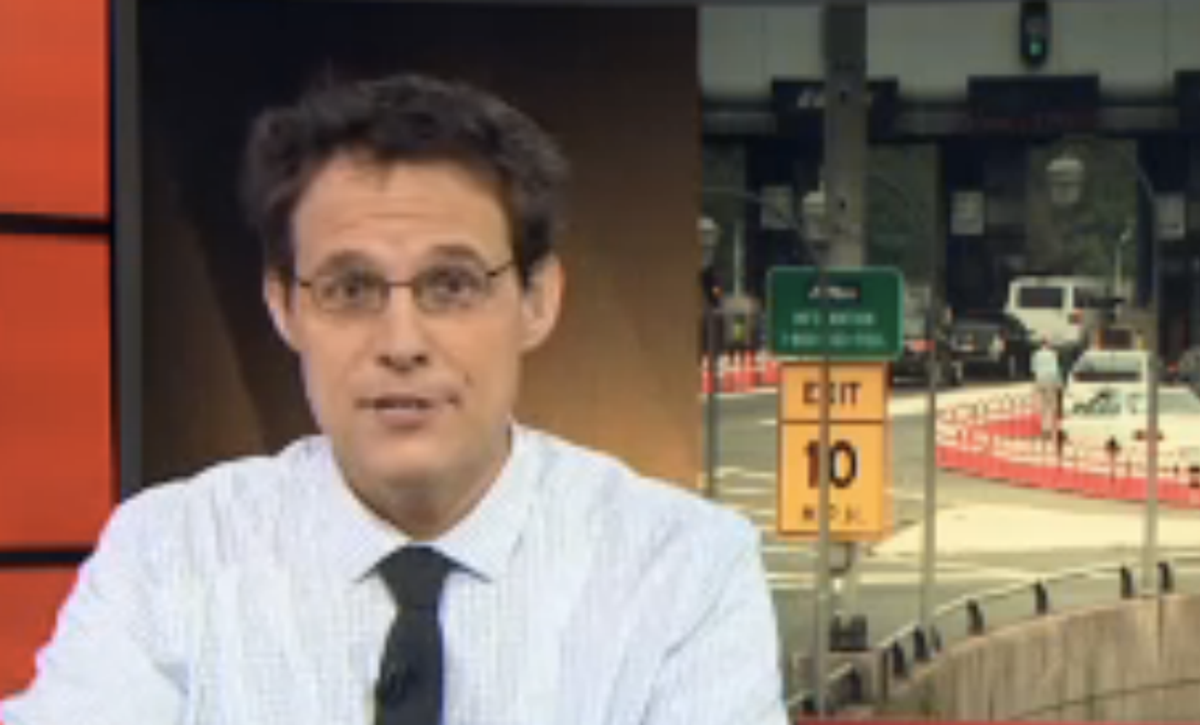 Steve Kornacki gives his Bridgegate theory (MSNBC)