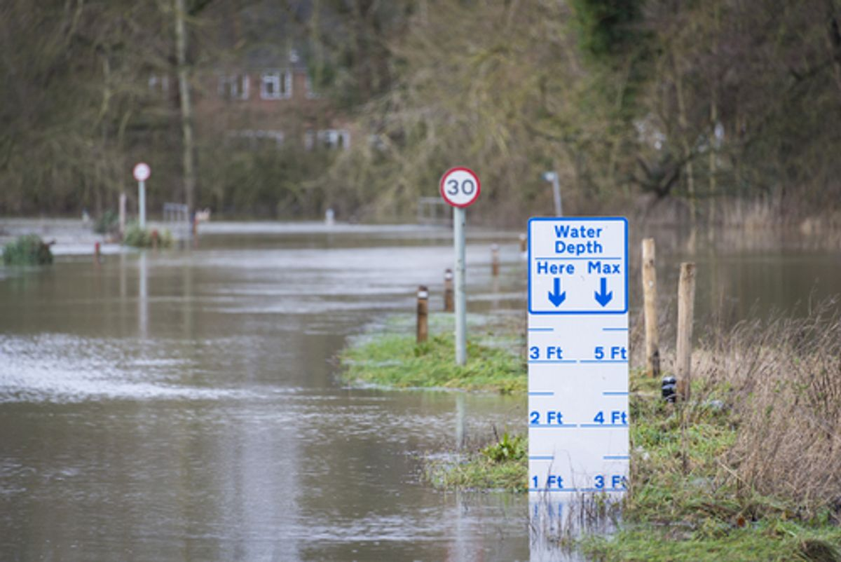 UK Winter Floods of 2014 in Cookham Village      (Fotogenix/Shutterstock)