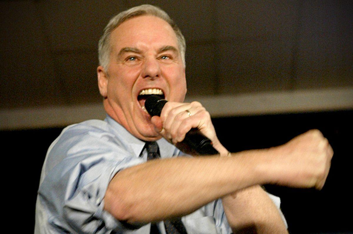"Howard Dean lets loose the ""Dean Scream"" while addressing supporters in West Des Moines, Iowa on Jan. 19, 2004.       (AP/Paul Sancya)"