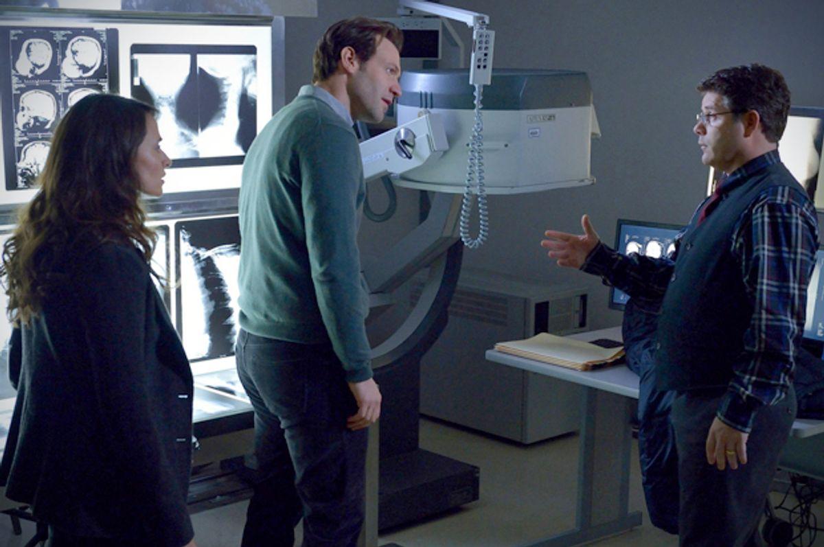 """Mia Maestro, Corey Stoll and Sean Astin in """"The Strain""""     (FX/Michael Gibson)"""