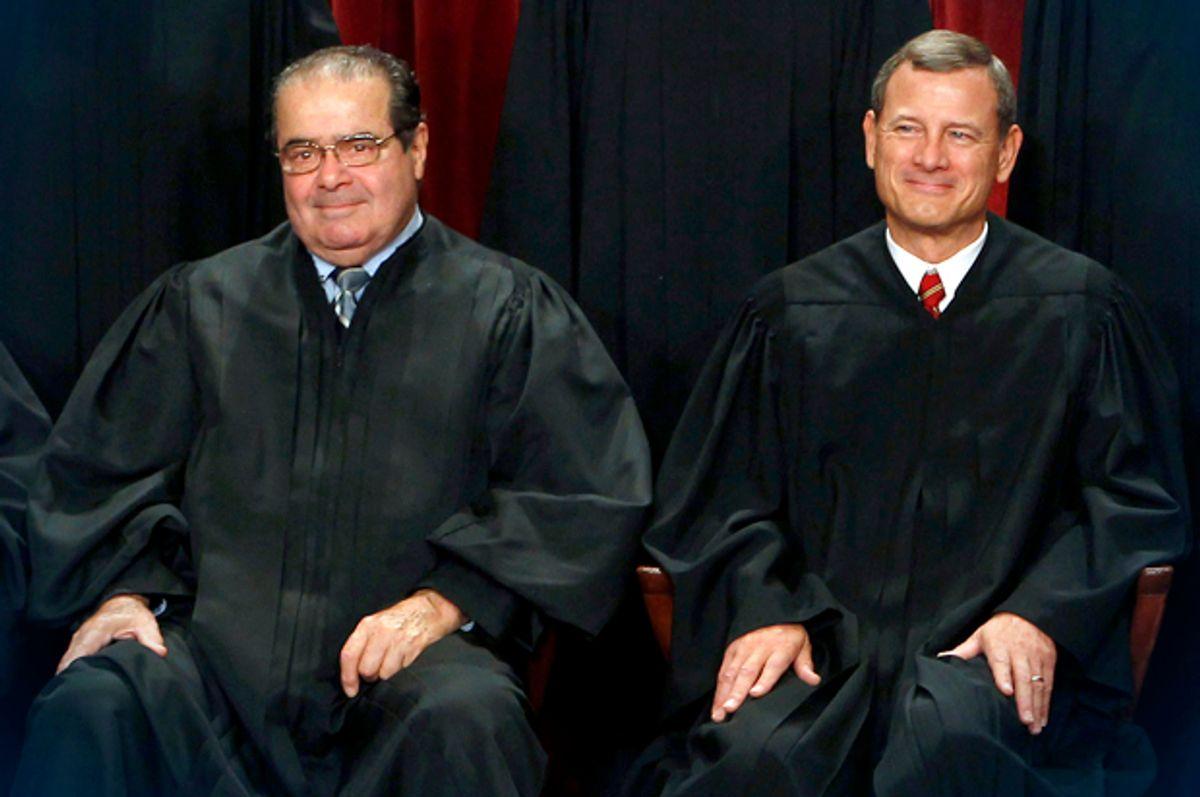 Antonin Scalia, John Roberts               (Reuters/Larry Downing)