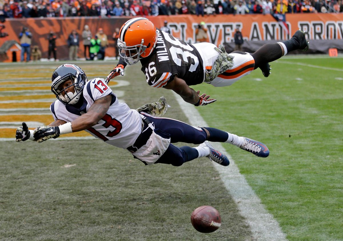 10ThingstoSeeSports - Cleveland Browns defensive back K'Waun Williams (36) breaks up a pass in the end zone against Houston Texans wide receiver Damaris Johnson in the first quarter of an NFL football game Sunday, Nov. 16, 2014, in Cleveland. (AP Photo/Tony Dejak, File) (AP)