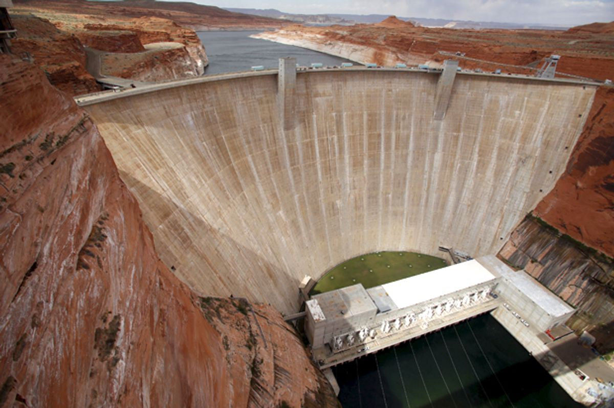 The Glen Canyon Dam    (Reuters/Jim Urquhart)