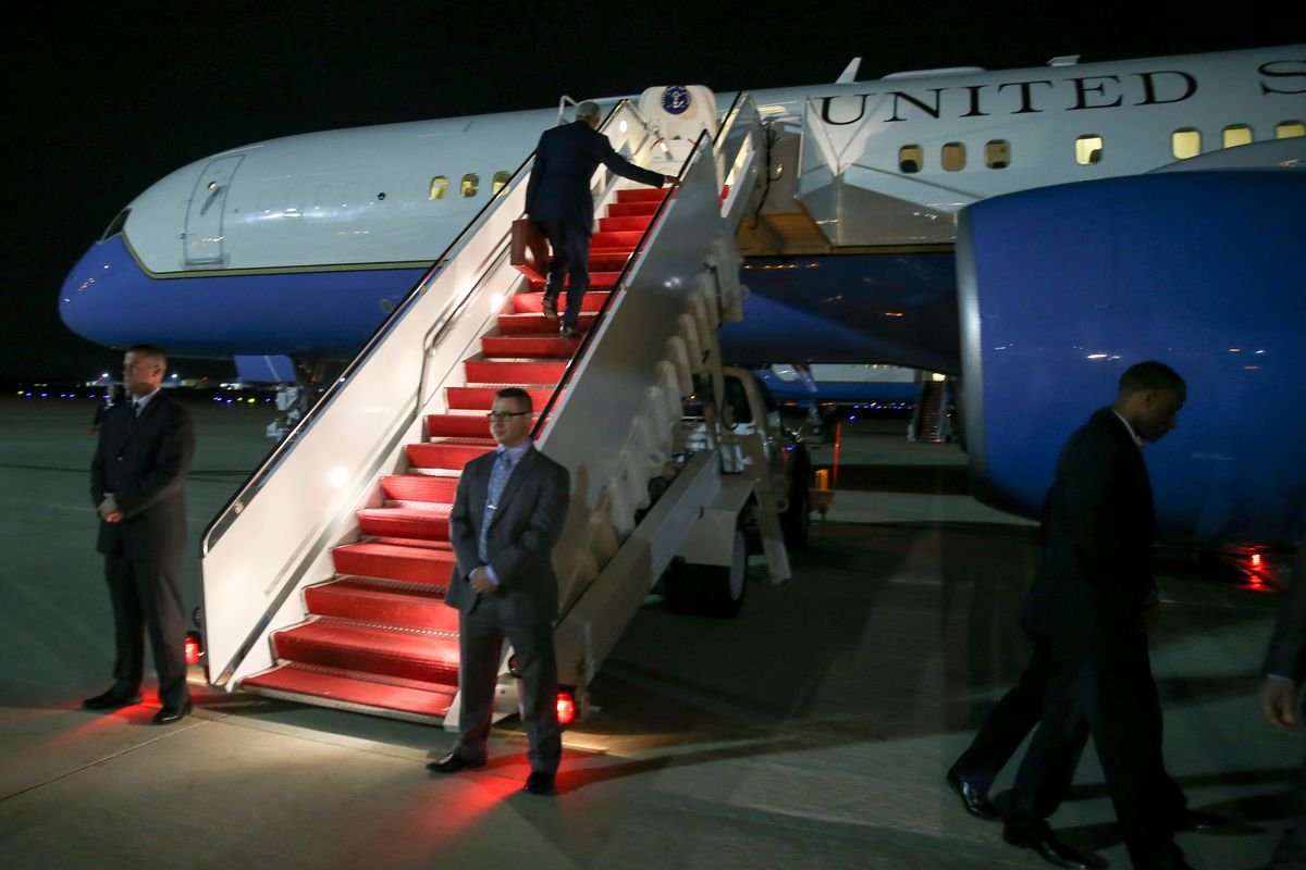 Secretary of State John Kerry boards a plane at Andrews Air Force Base, Md., Friday, May 1, 2015, to travel to Stansted, England, on his way to Colombo, Sri Lanka. (AP Photo/Andrew Harnik, Pool) (AP)