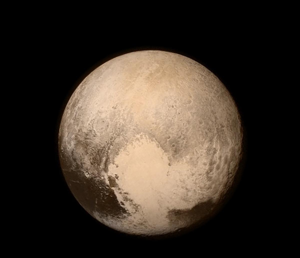 Pluto       (Instagram: NASA)