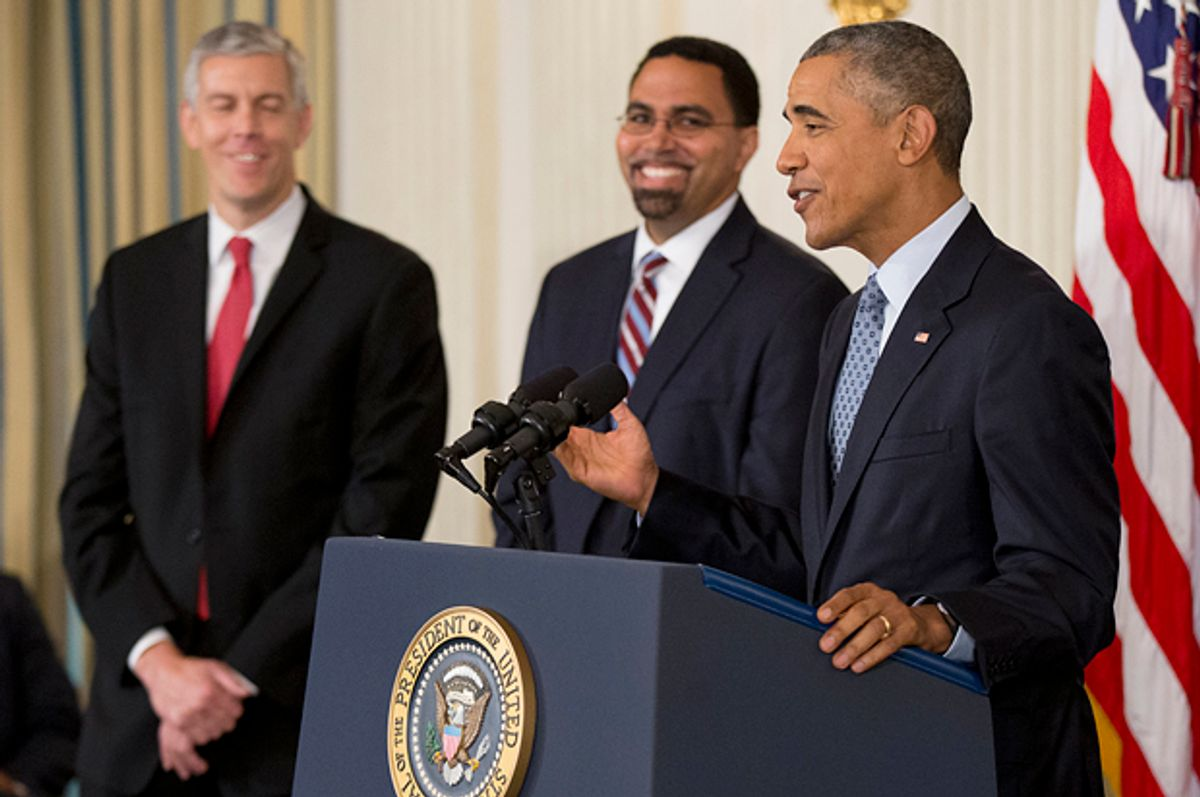 Arne Duncan, John King, Barack Obama   (AP/Manuel Balce Ceneta)