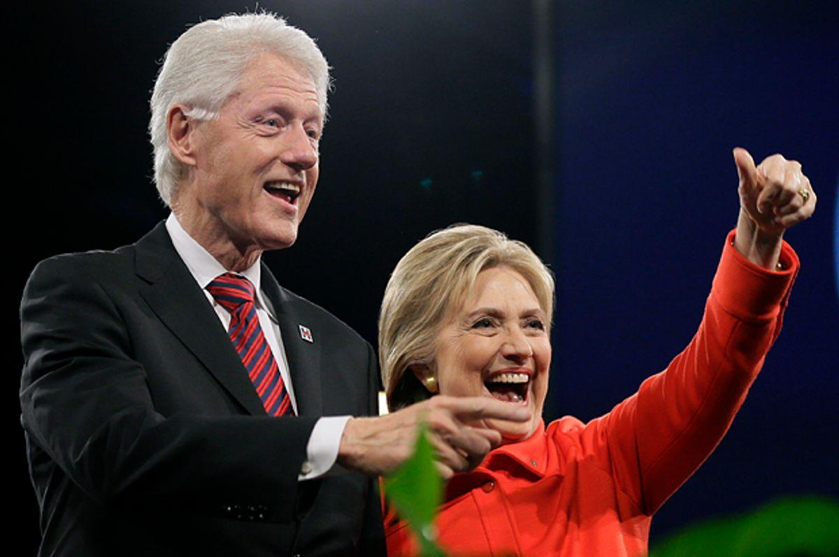 Bill Clinton, Hillary Clinton   (AP/Charlie Neibergall)