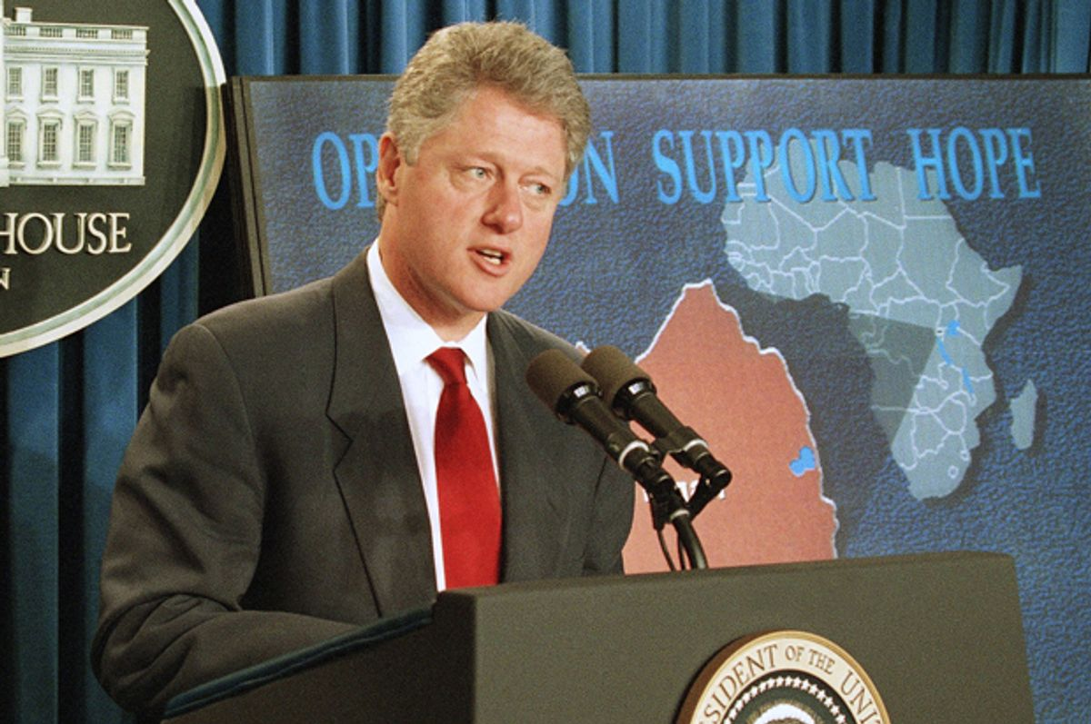 Bill Clinton announces that he has asked Congress to approve emergency funds of $320 million to supply water and food to refugees who have fled Rwanda, July 29, 1994.   (AP/Wilfredo Lee)