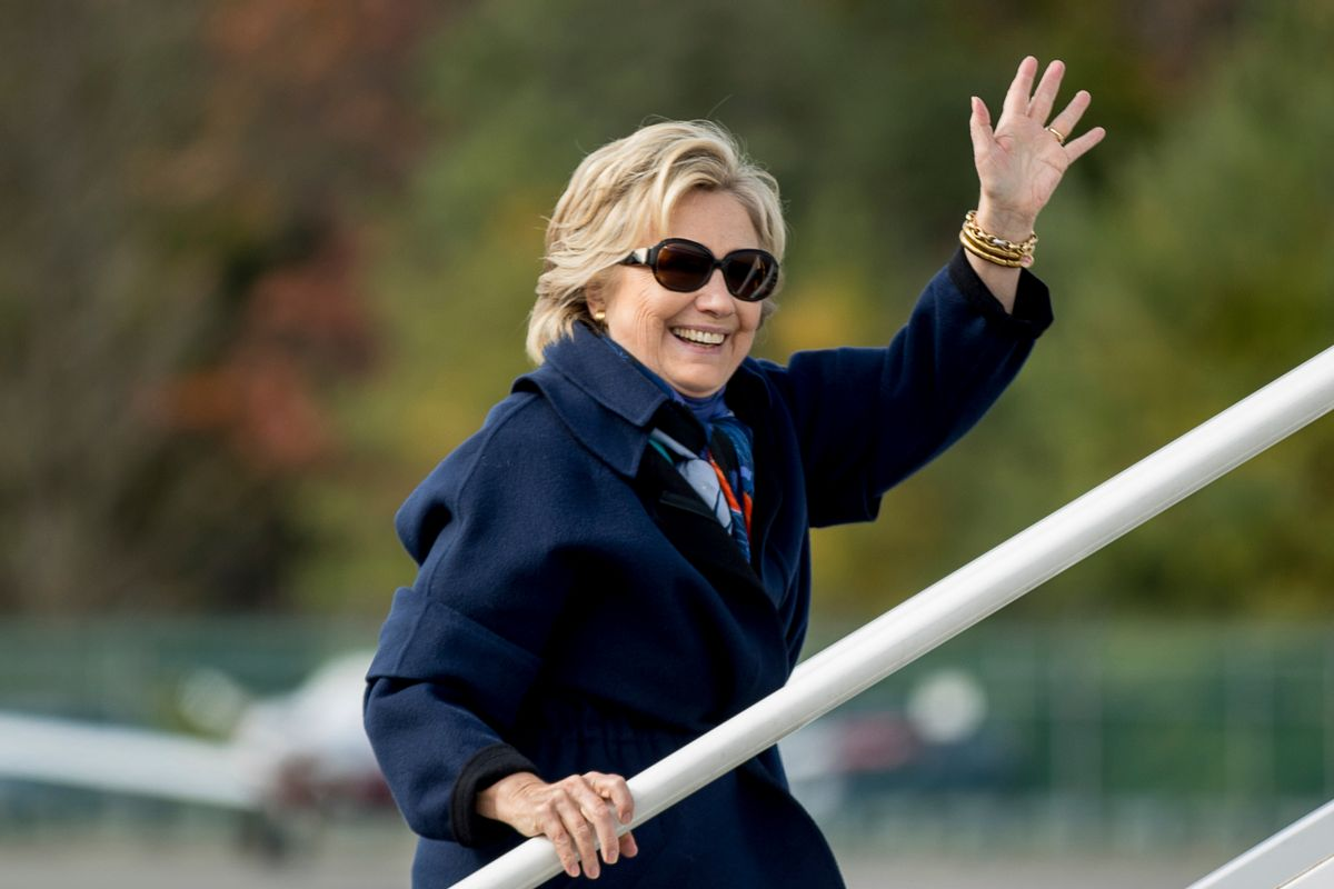 Democratic presidential candidate Hillary Clinton waves as she boards her campaign plane at Westchester County Airport in White Plains, N.Y., Saturday, Oct. 29, 2016, to travel to Florida.  (AP)