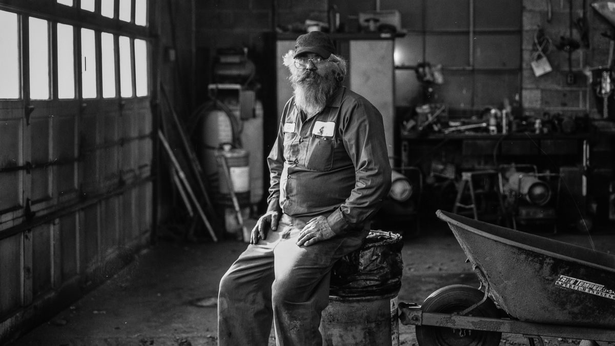 Larry, a worker at Superior Coal Breaker, Schuylkill County, Pennsylvania. (Photos by Joel Anderson)